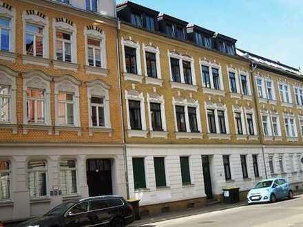 Karl-Ferlemann-Straße; 2-Zimmer-Wohnung mit Balkon und inkl. Einbauküche