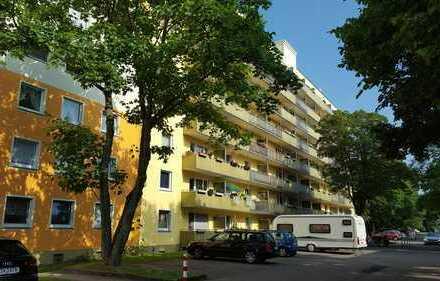 -Schicke Wohnung mit Balkon -