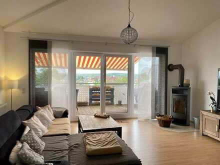 Moderne 4-Raum-Maisonette-Wohnung im Penthouse-Stil mit großer Dachterrasse