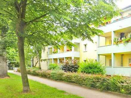 Frankfurt-Preungesheim: Komplett 2 sanierte 2 Zi. Stadtwohnungen mit Balkon - ruhige Wohnlage