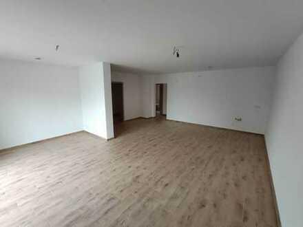 Erstbezug! Zweizimmerwohnung im ersten Obergeschoßin Vohburg zu vermieten