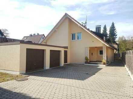 Schönes, geräumiges Haus mit fünf Zimmern in Fürstenfeldbruck (Kreis), Fürstenfeldbruck