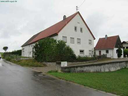 Haus mit Stall und Scheune - 1.013 m² Grund - frei -