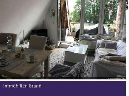 Perfekte Kapitalanlage: Schmucke, kleine 2-ZKB-Wohnung mit Balkon und traumhafter Aussicht