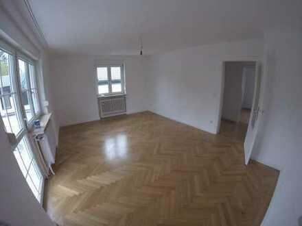 Schöne drei Zimmer Wohnung in München, Harlaching
