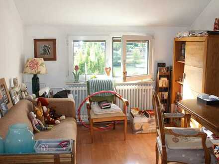 Ansprechende 3-Zimmer-DG-Wohnung mit Einbauküche in Heidelberg-Ziegelhausen