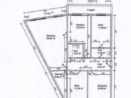 4-Raum-Wohnung mit Balkon zu vermieten