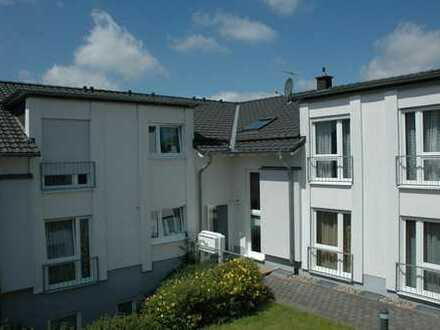 Moderne 89 m²-Erdgeschoss-Wohnung mit Terrasse