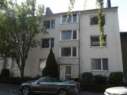 Gut geschnittene 2-1/2-Zimmer-Wohnung mit Balkon in Do-Körne