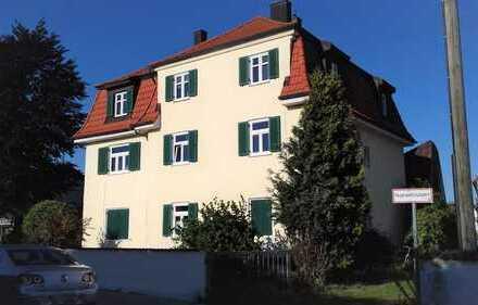 """Helle große Wohnung """"klassischer Altbau Stil"""" für Liebhaber, zentrale Lage IN Ringsee"""