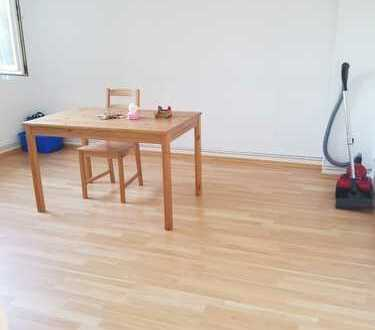 2 zimmer apartment is available in Leverkusen.