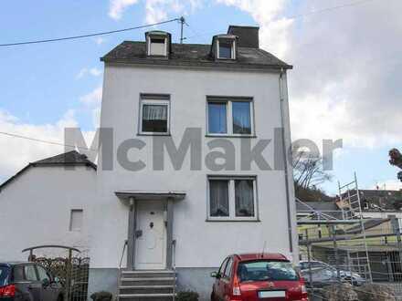 Raum für Ihre Familienwohnträume: 5-Zi.-EFH mit Balkon, Terrasse und viel Potenzial in Kordel