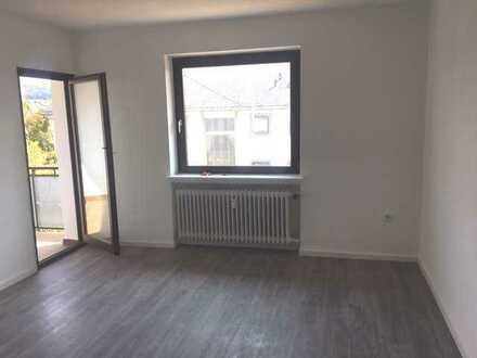 *Helle 2-Zimmerwohnung in IdarOberstein