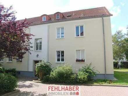 Ruhige, kleine 2-Zimmer-Wohnung mit Einbauküche und Stellplatz in Greifswald