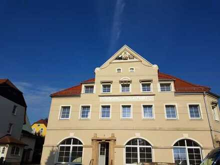 Erstbezug nach Sanierung, Barrierefrei, gehobene Qualität 2 bis 4,5 Raum Wohnungen.