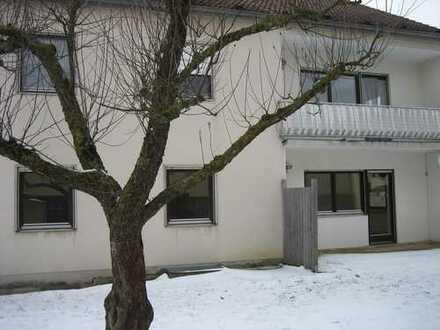 4 ZKB 105 m² im 1.OG mit Balkon und Gartenanteil zu vermieten *provisionsfrei*