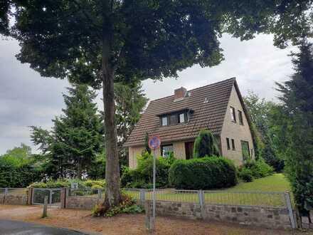 Einfamilienhaus mit großem Grundstück in Hamburg Jenfeld