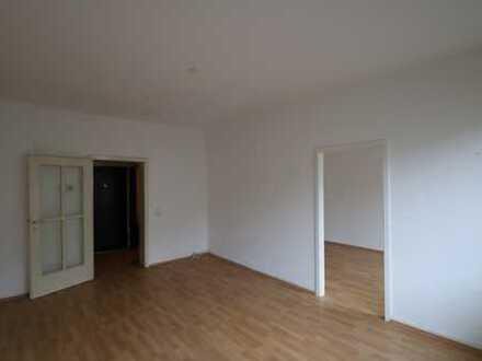 Provisionen freie 3 Zimmer in Nippes mit Balkon