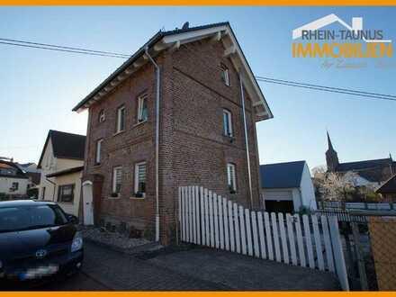 Gepflegtes Einfamilienhaus mit Garten, Innenhof + umgebauter Scheune in Nentershausen!