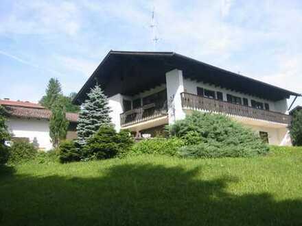 Provisionsfrei: Schöne 4-Zi-Wohnung mit Berg- und Seeblick