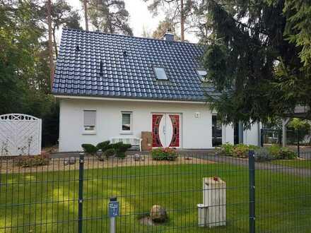 Absolutes Traumhaus mit idyllischem Grundstück in bester Lage im Berliner Speckgürtel!