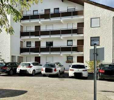Exklusive, sanierte 3-Zimmer-Erdgeschosswohnung mit Terasse und EBK in Siegsdorf