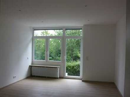 Schöne 4-Zi-Wohnung in KA-Grötzingen mit Terrasse sofort bezugsfrei!