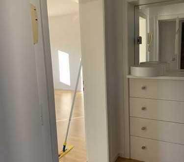 Schöne, geräumige fünf Zimmer Wohnung über zwei Etagen, in Köln, Altstadt & Neustadt-Nord