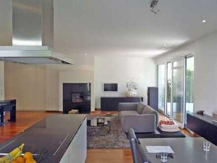 Exklusive, geräumige 2-Zimmer-EG-Wohnung mit Balkon und Einbauküche im Rosenpark in S-Vaihingen