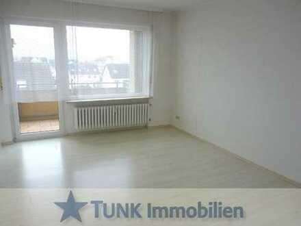 Neu renoviert! Zentrale 2 Zi. Wohnung mit EBK, Süd-Balkon und Stellplatz in Alzenau!