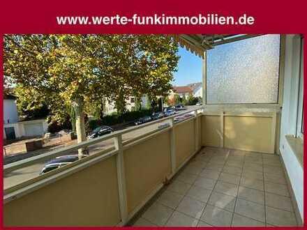 Einladend gepflegtes Wohnambiente mit überdachtem Südbalkon in attraktiver Wohnlage von Nauheim