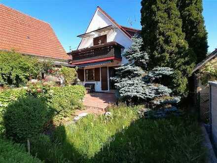 Renoviertes 3-Zimmer-Einfamilienhaus mit EBK in Niederstotzingen, befristet bis Sep. 2022