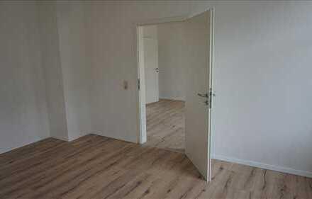 1x DG-Wohnung, 1x EG-Wohnung, je zwei Zimmer Wohnungen in Mittelsachsen (Kreis), Geringswalde