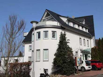 1998 teilsaniertes, modernisiertes 13- Mietparteienhaus in schöner Wohnlage in Lindenfels