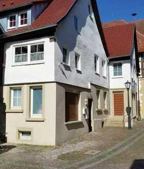 2 Denkmalgeschützte Wohn- und Geschäftshäuser im Stadtzentrum von Möckmühl