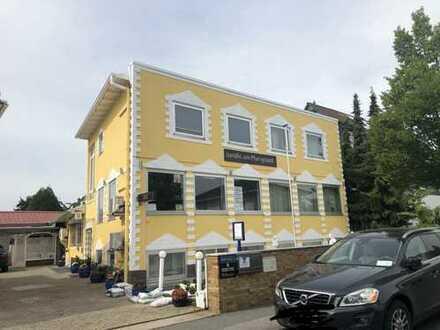 400qm Bürohaus komplett oder teilweise (3-11 Räume) zu vermieten