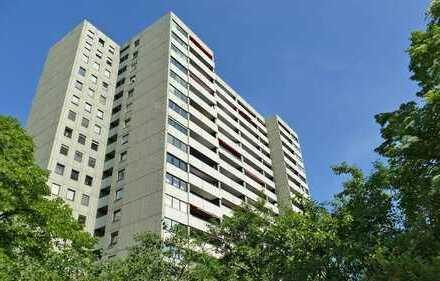 FREIWERDEND! 3-Zimmerwohnung mit Westbalkon und Garage in zentraler Lage der Weststadt!