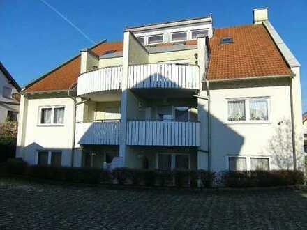 Ruhige 3-Zimmer-Maisonette-Wohnung mit Balkon und Einbauküche