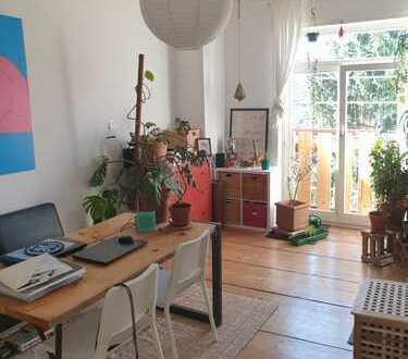 Schöne helle 3 Zimmer Altbau Wohnung mit Frankfurter Bad