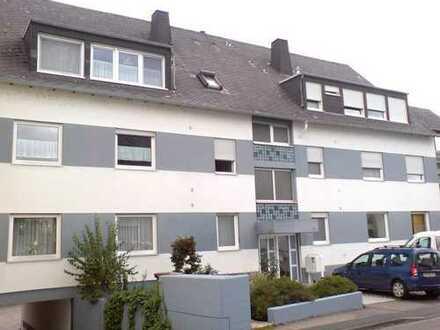 Dachgeschoss-Eigentumswohnung mit großer Loggia und Fernblick