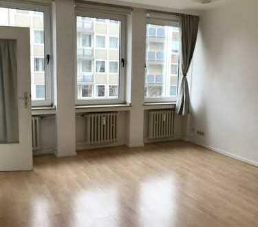 NEU! Helle, zentrale 1-Zimmer Wohnung im Herzen Düsseldorfs