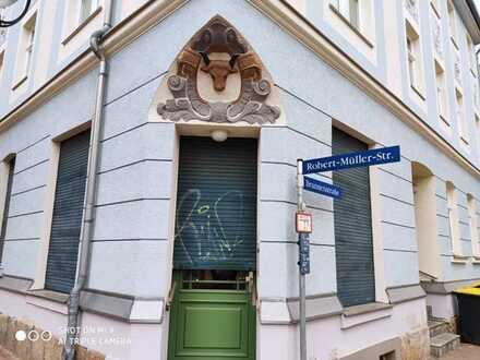 Zentral gelegene 2-3- Zimmer Altbauwohnung in Zwickau!