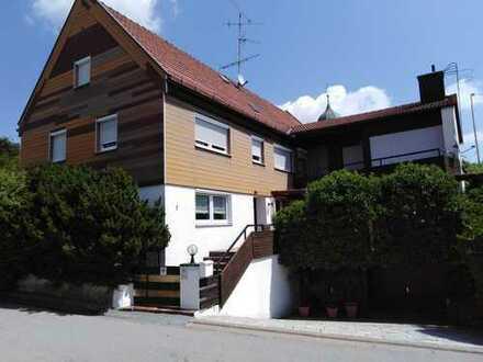 Großes Haus mit 11 - Zimmern in Kelheim (Kreis), Volkenschwand