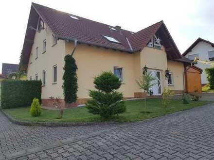 390 €, 60 m², 3 Zimmer
