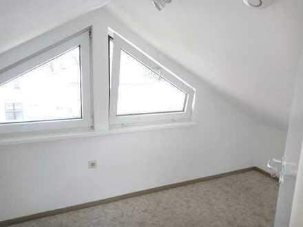 Gepflegte 2-Zimmer-Maisonette-Wohnung mit Einbauküche in Tübingen-Unterjesingen
