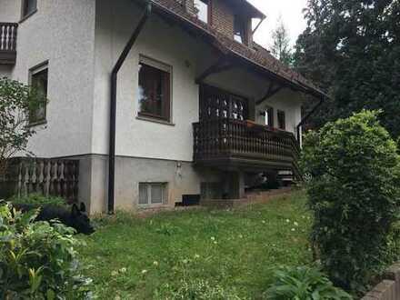 2,5 Zimmer WG in wunderschönen Haus - Waldrandlage - Anbindung A 66 Frankfurt / Fulda in 2 Min. Erre