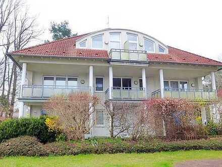 Ruhige 1-Zimmer-Wohnung mit Balkon im Grünen