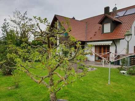 Exklusive Doppelhaushälfte in Fischach