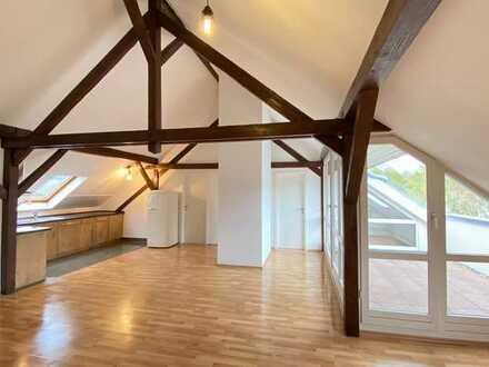 sehr helle Dachgeschoßwohnung in Baden-Baden mit Loggia / provisionsfrei ab sofort