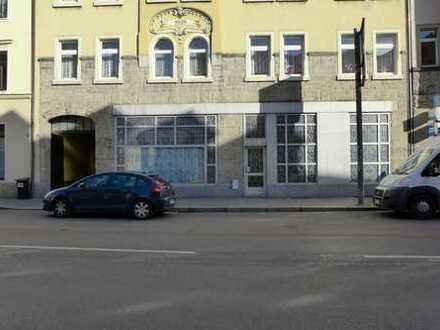 Einzelhandel / Büro / Ausstellungsräume an der Dresdner Straße...
